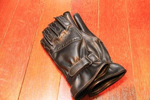 glove03.jpg